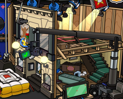 Club Penguin - Google Chrome_27